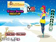 Флеш игра онлайн Зимний наряд для Барби